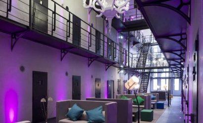 origineel overnachten gevangenis roermond