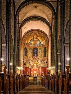 origineel overnachten in een kerk