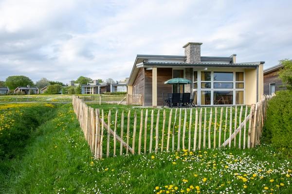 Vakantiehuis met omheinde tuin Froidchapelle