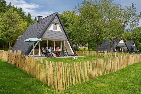 Vakantiehuis met omheinde tuin Kell am See