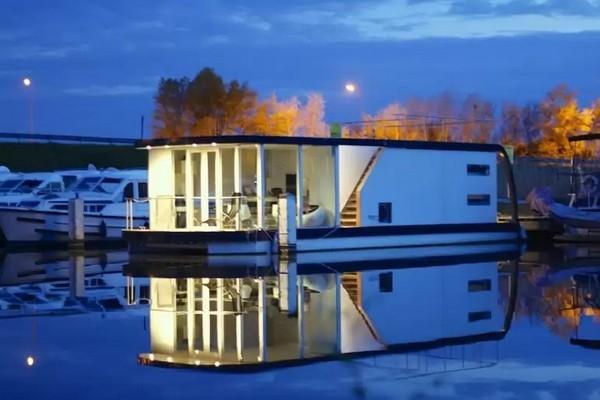 origineel overnachten boot België Nieuwpoort