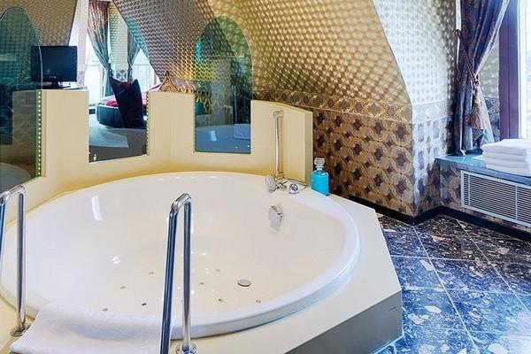 romantisch overnachten efteling hotel nederland