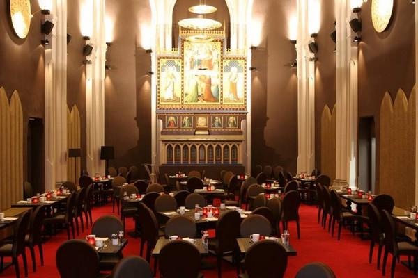 romantisch overnachten kerk mechelen belgie