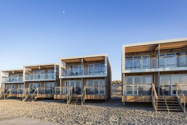 uniek slapen strandhuis hoek van holland