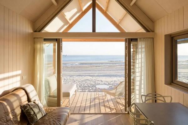 origineel overnachten strandhuis zeeland