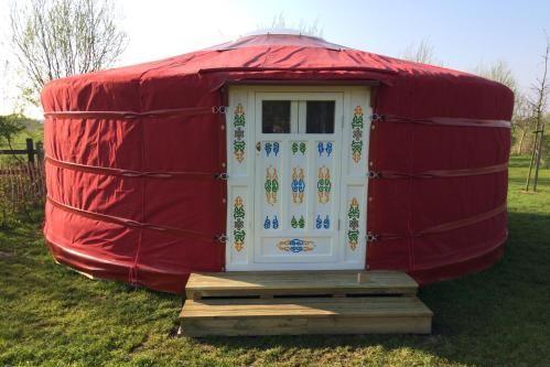 origineel overnachten yurt brugge belgie