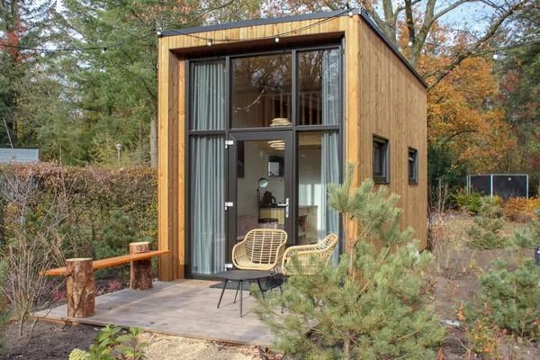 uniek overnachten tiny house