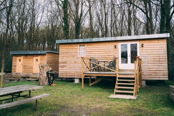 tiny house belgie limburg uniek logeren