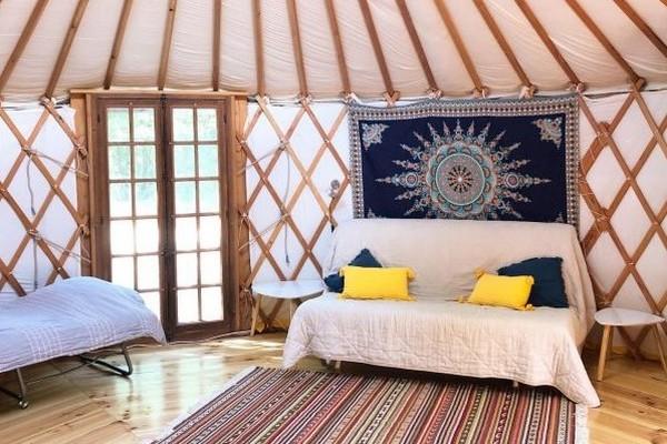 origineel overnachten glamping Frankrijk yurt