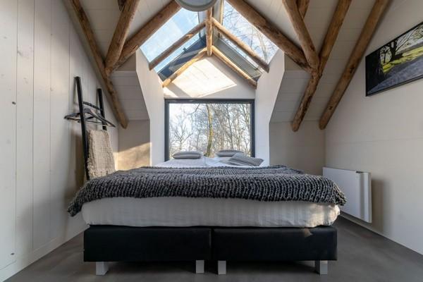 speciaal overnachten nederland glamping boomhut