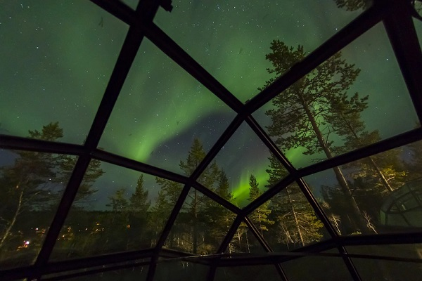 bijzonder overnachten finland iglo