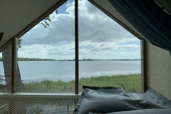uniek overnachten tiny house veerse meer nederland