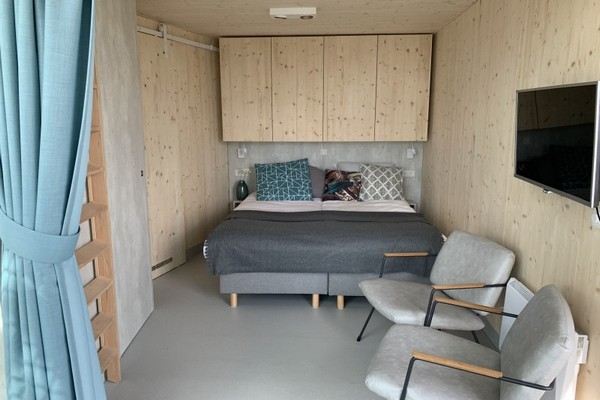uniek overnachten tiny house veerse meer nederland (5)