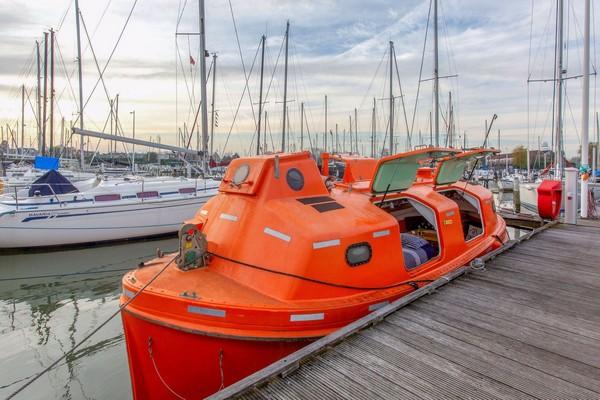 uniek overnachten boot nederland