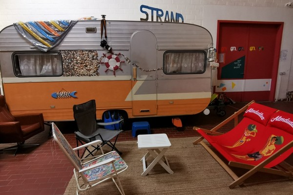 indoor camping hostel gent citytrip (6)