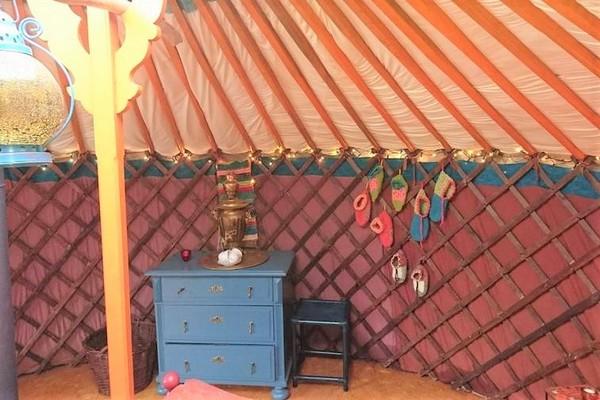 origineel overnachten yurt belgie glamping (5)