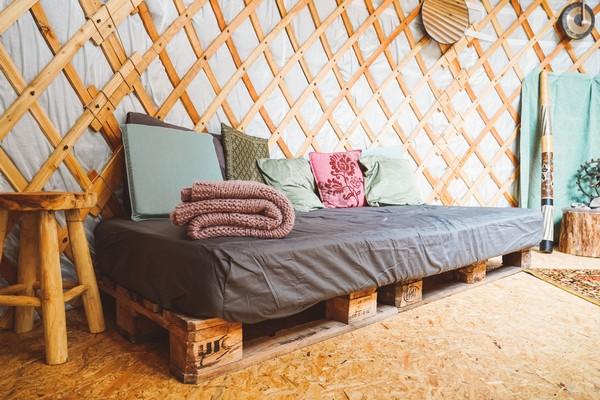 speciaal overnachten belgie glamping yurt (2)