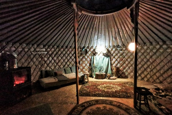 speciaal overnachten belgie glamping yurt (5)