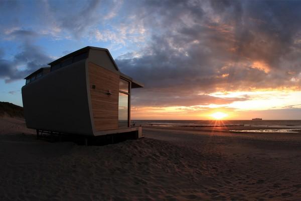 origineel overnachten strandhuisje nederland